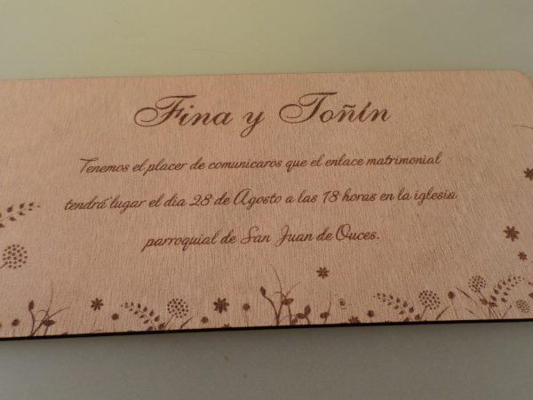 Invitación con motivo floral